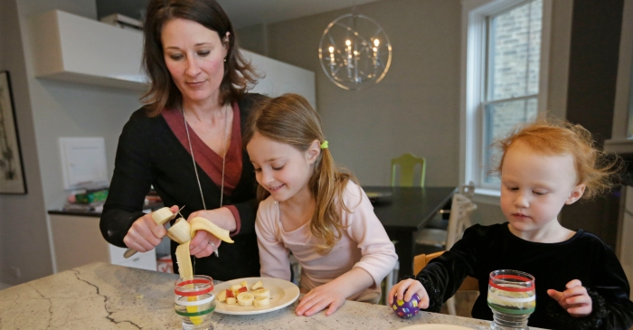 7 ways to ensure your kids have a healthy relationship with food