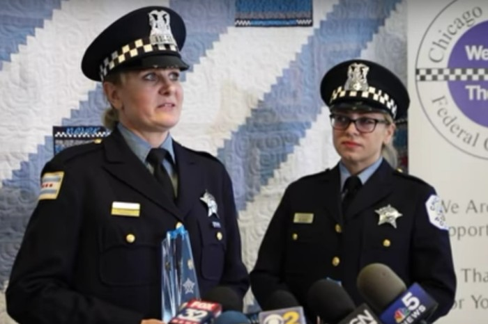 "Chicago cops named ""Officers of the Month"" after helping deliver twins"