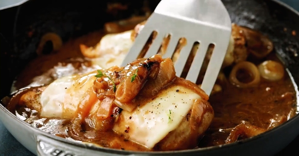 Mouth-watering French onion chicken is the perfect dinner for a cold night