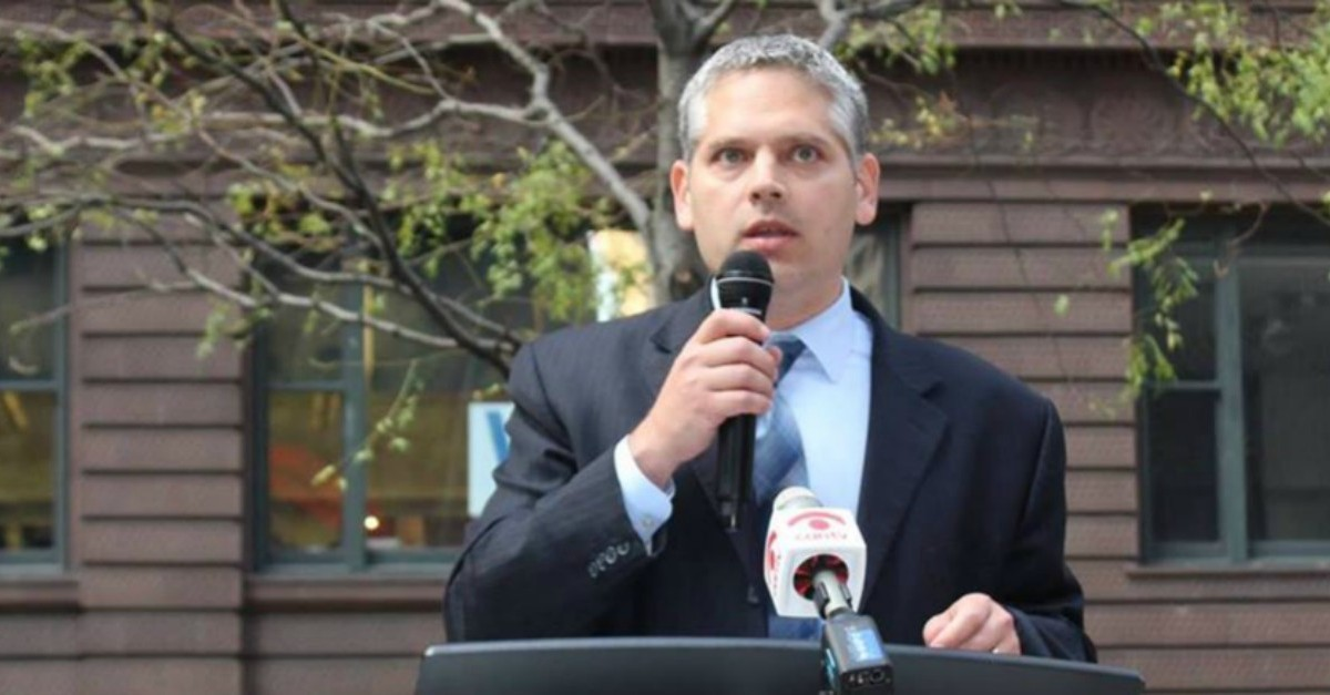 Illinois attorney general candidate robbed at gunpoint in Albany Park