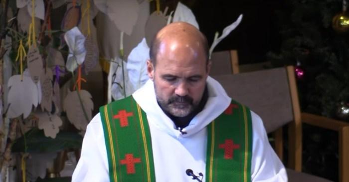 Due to the lagging DACA decision, Pilsen priest begins hunger strike