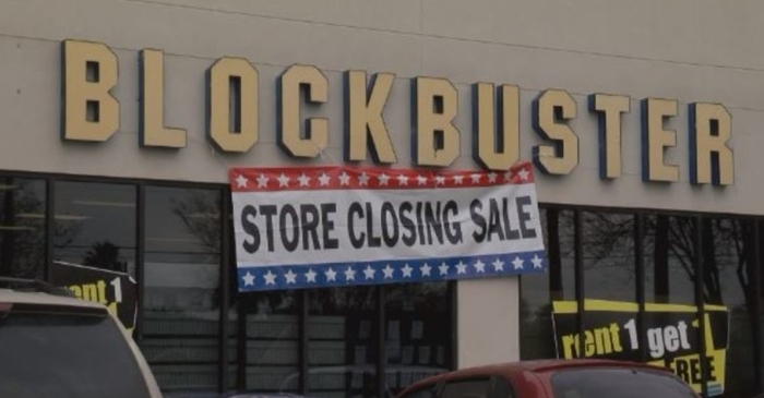 Last Blockbuster in Texas takes final bow, closing a door to the past