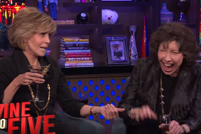"Jane Fonda and Lily Tomlin aired so much dirty laundry in this naughty game of ""Never Have I Ever"""