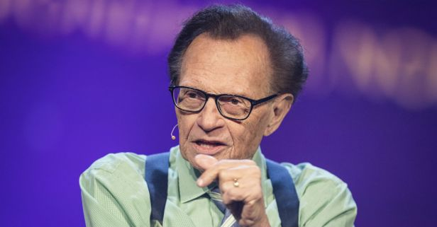 """Larry King is back, and he's out to slam the NRA as a """"menace to America"""""""