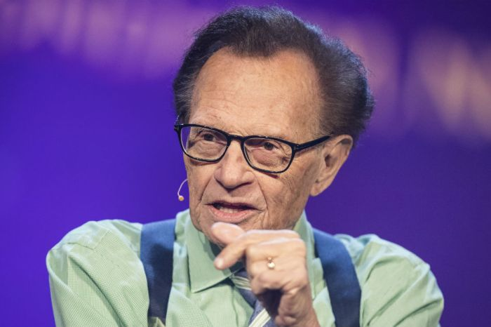 "Larry King is back, and he's out to slam the NRA as a ""menace to America"""