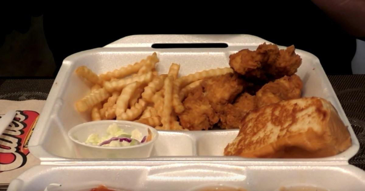 Chicago's first Raising Cane's Chicken Fingers to open next week
