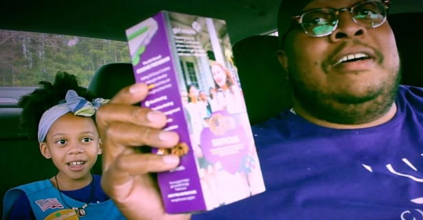 Dad and daughter's girl scout cookie song is deliciously adorable