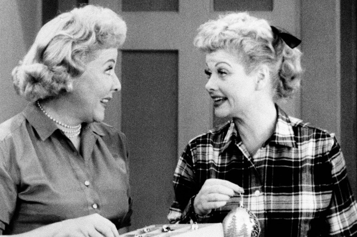Fun facts about the 5 most popular sitcoms in history