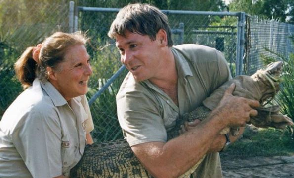 Bindi Irwin pens emotional tribute to her late father and grandmother on their birthdays