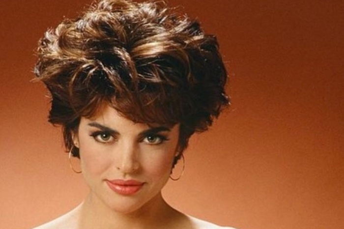 "Lisa Rinna shares a sizzling throwback photo in honor of her return to ""Days of Our Lives"""