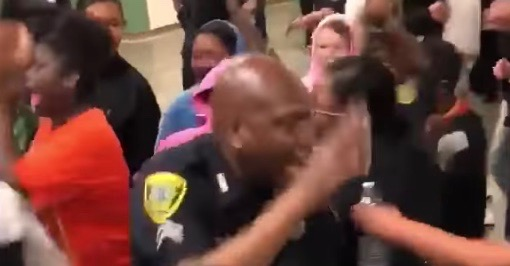 Houston police confront high school students in epic lunchtime showdown