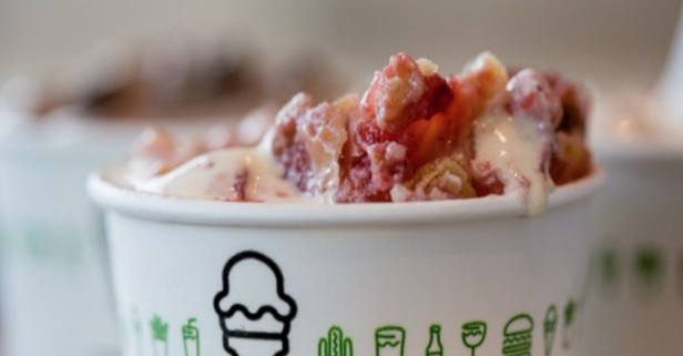Shake Shack now serving Shackburgers and a custom treat to its new West U customers