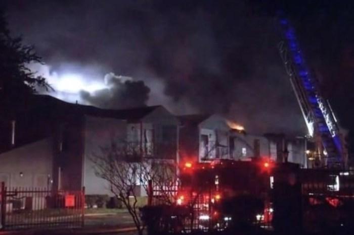 2-alarm fire damages west Houston apartment complex, displacing 10 families