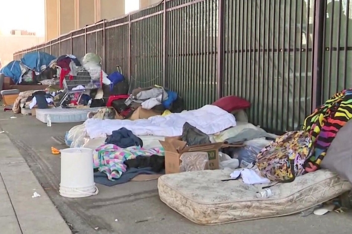 Houston residents living near homeless encampments still unsatisfied