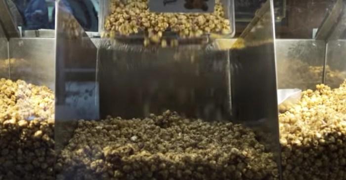 """Garrett Popcorn to be Cub's """"Official Gourmet Popcorn Sponsor"""""""