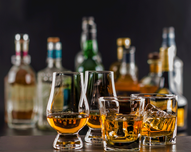 The Differences Between Bourbon, Whiskey, Scotch, Rye, and Brandy