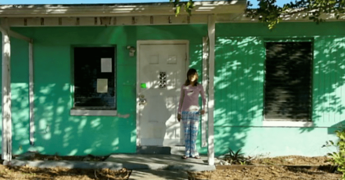 Thrifty 14-Year-Old Girl Buys and Flips House by Selling Items on Craigslist