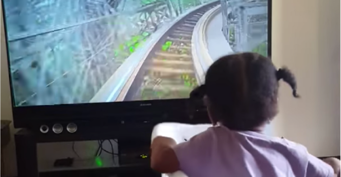 Dad Gives Daughter Virtual Roller Coaster Ride for Some Stay at Home Thrills