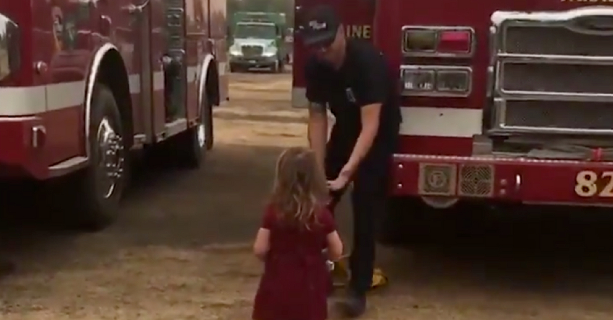 2-Year-Old Passes Out Burritos To Firefighters Battling Carr Fire