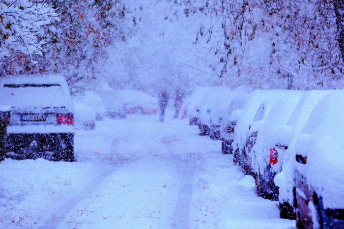 Farmer's Almanac Predicts A Cold, Snowy Winter