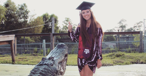 Texas A&M Student Takes Grad Photos with Big Tex the Alligator