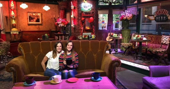 Twins Who Played Emma On 'Friends' Celebrate 16th Birthday