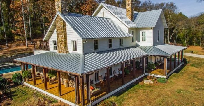 Miley Cyrus Buys Stunning $5.7 Million Tennessee Farmhouse