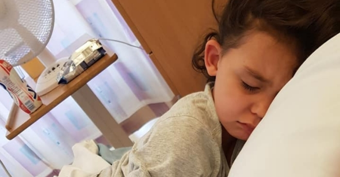 4-Year-Old Diagnosed With Sepsis After Trying On Shoes Without Socks