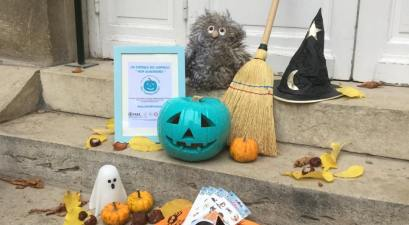 Why Are People Putting Teal Pumpkins On Their Door Steps?