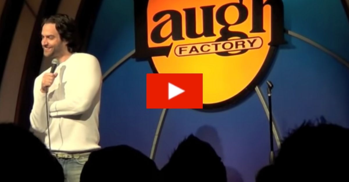 Chris D'Elia's Impersonation of Drunk Girls Is a Stand-Up Classic