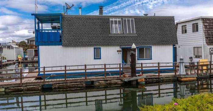 You Can Buy Tom Hanks' Childhood Houseboat for $600k