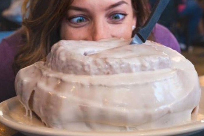 This Three-Pound Cinnamon Roll is the Size of Your Head