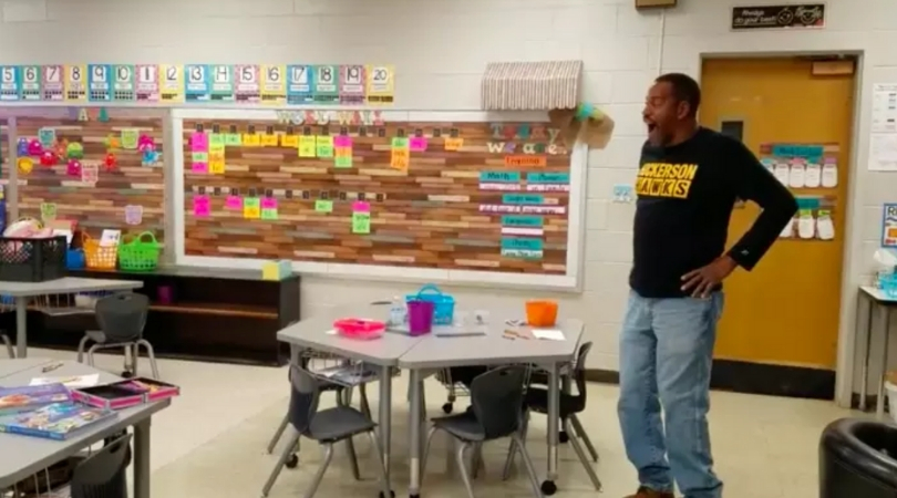 "Kindergartners Learn To Sign ""Happy Birthday"" For Hard-Of-Hearing Custodian"