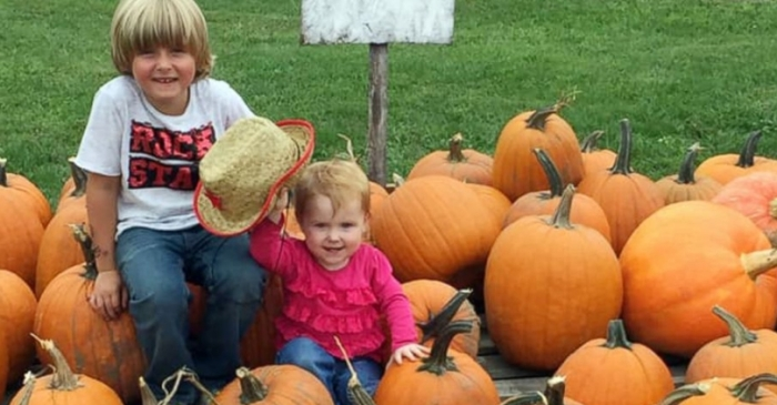 6-Year-Old With Diabetes Sells Pumpkins To Raise Money For Service Dog