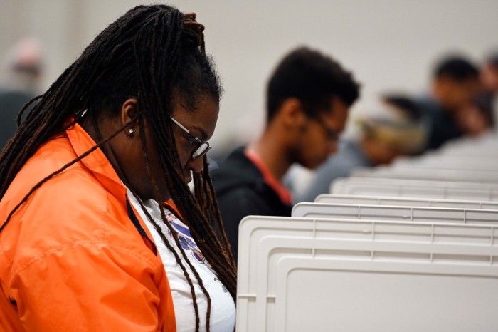 Early Voters Experiencing Voting-Problems Ahead of Midterm Elections