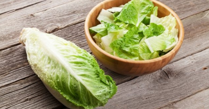 CDC Warns Against Eating Romaine Lettuce After E.Coli Outbreak in 11 States
