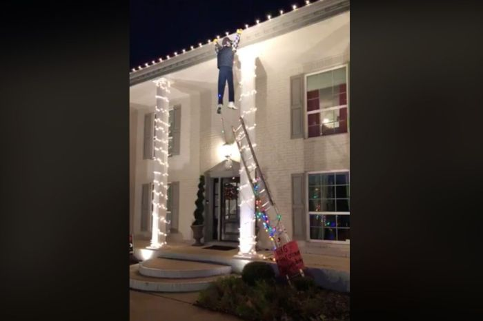 Texas 'National Lampoon's Christmas Vacation' Display Causes Panic