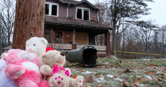 House Fire Kills 5 Children, Mother Escaped by Jumping out Second Story Window
