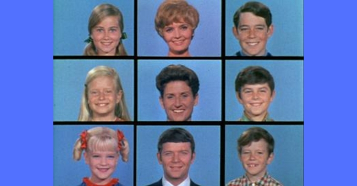 Marsha, Marsha, Marsha: 10 Life Lessons I Learned From 'The Brady Bunch'