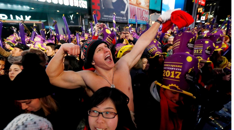 How Many People Are Expected To Celebrate New Year's At Times Square?