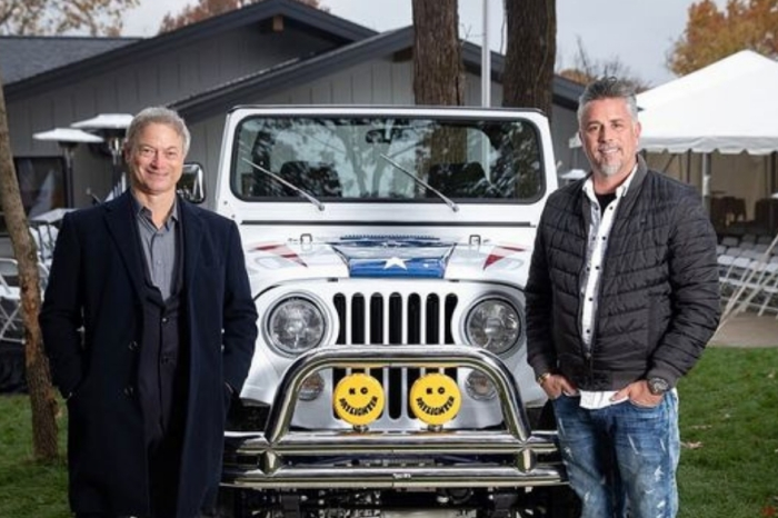 Gary Sinise Raised $1.3 Million for Vets By Auctioning Off His Jeep…Twice!