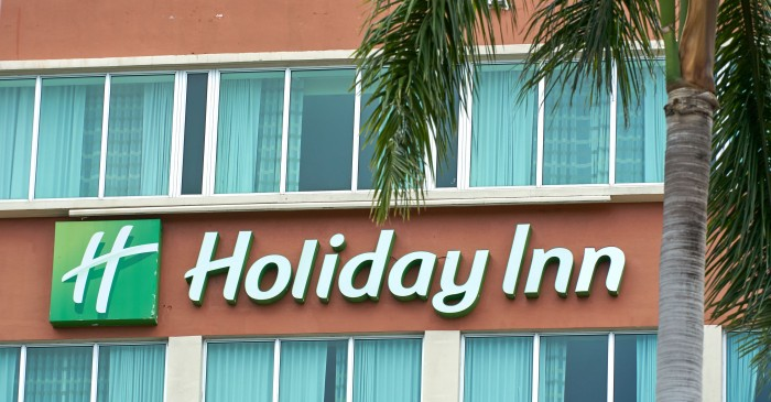 Couple Plans on Retiring at Holiday Inn After Figuring Out It's Cheaper Than a Nursing Home