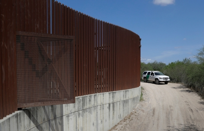 US Prepares to Start Building Portion of Texas Border Wall