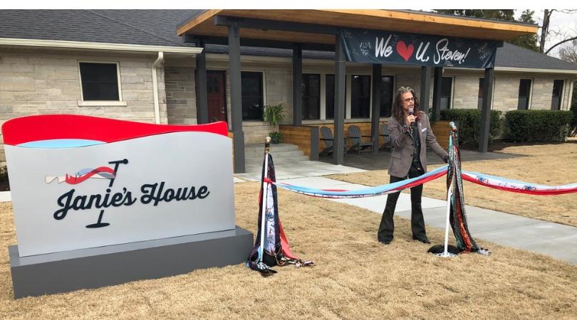 Aerosmith's Steven Tyler Opens Home for Abused Women in Memphis