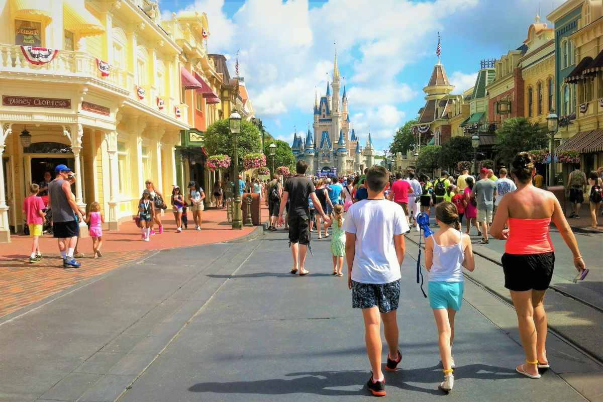 walt-disney-worlds-magic-kingdom