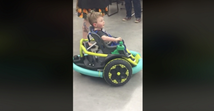 High School Students Build Special Wheelchair For 2-Year-Old Boy After Parent's Couldn't Afford One