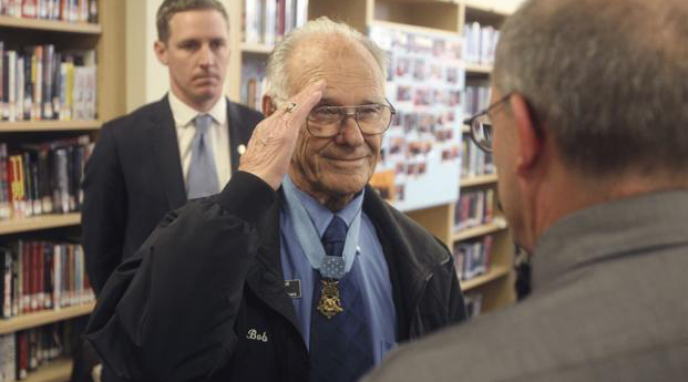 Nation's Oldest Medal of Honor Winner Dies at 98