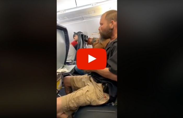 Man 'Forgets' He Can't Smoke on an Airplane and Lights Up a Cigarette Mid-Flight