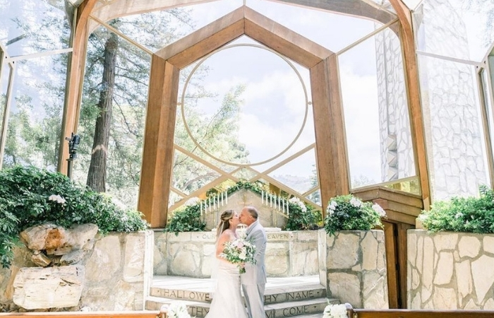 Wayfarers Chapel: The Wedding Venue of Your Daydreams