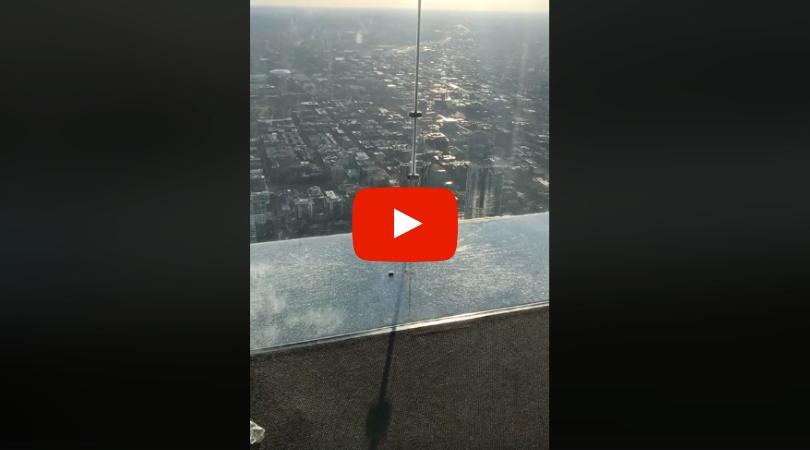 Willis Tower SkyDeck Cracks Under Visitors' Feet